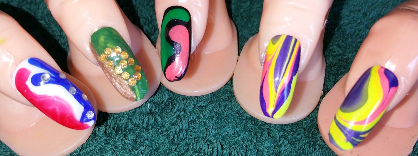 How to blend nail art colours