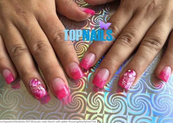 http://nailartgallery.nailsmag.com/topnailschile/photo/454139/acrylic-nails-french-with-glitter-flower?utm_source=dlvr.it&utm_medium=twitter